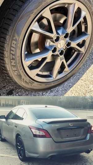 Price$1200 Nissan Maxima for Sale in Lake in the Hills, IL