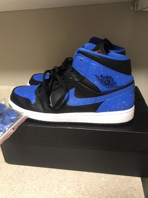 Men's sz 12 Jordan 1 royal mid 100$ for Sale in Temple Hills, MD