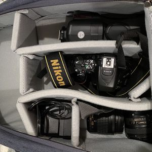 Nikon D5600 for Sale in Ladera Heights, CA