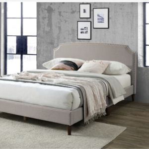 BEAUTIFUL CF9140 PLATFORM QUEEN LIGHT BROWN BED. ADD ON PLUSH PILLOWTOP 15' MATTRESS AND FOUNDATION $899.'SAME DAY DELIVERY! for Sale in St. Petersburg, FL