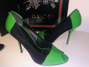 Gucci suede heels 👠 size 8.5 cute for Sale in Dublin, OH