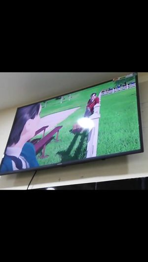 43inch Samsung 4k smart tv 2 months old for Sale in Tacoma, WA