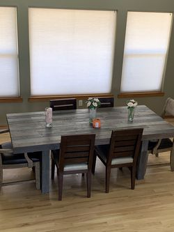 Dining Set for Sale in Prineville,  OR