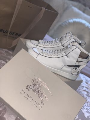 Burberry high top sneakers, Eu size 39 / U.S. size 8 women's for Sale in Valrico, FL