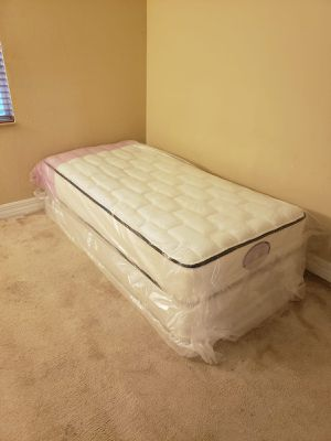 NEW TWIN MATTRESS AND BOX SPRING SET, bed frame not included on price for Sale in Boynton Beach, FL
