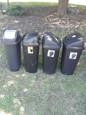 Swing Top Trash Cans 13.5 Gallon in good condition & Clean Asking 30.. For All for Sale in Princeton, TX