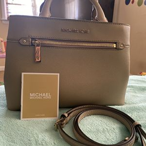Authentic Michael Kors for Sale in Riverdale, GA