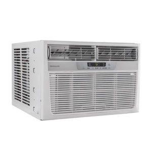 Window Air Conditioner Air Condition Heat Aire Acondicionado de Ventana Frigidaire 11,000 BTU for Sale in Virginia Gardens, FL