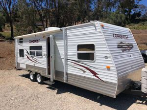 2011 conquest 25 foot camper trailer sleeps 8 for Sale in Orange, CA