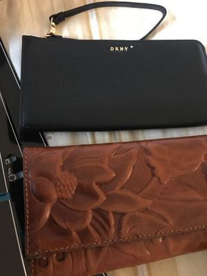 Brand new wallets and hand bag for Sale in Bellevue, WA