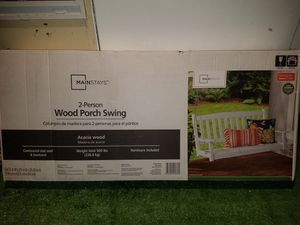 BRAND NEW Mainstays Outdoor Wood Porch Swing, White for Sale in Winter Haven, FL