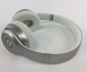 Beats Solo2 Wireless On-Ear Headphone - Silver for Sale in Brick Township, NJ