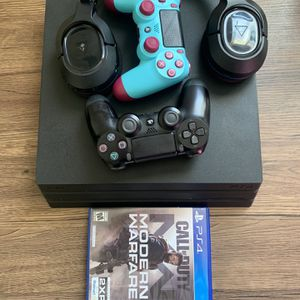 Ps4 Pro 1TB bundle With a original Ps4 500GB for Sale in Philadelphia, PA