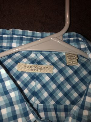 Burberry dress shirt for Sale in Naperville, IL