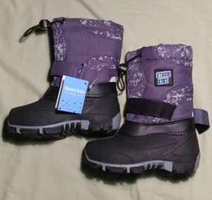 storm kidz cold weather snow boot 3101 gray print size 8... Velcro Strap For Comfy & Secure Fit; Water Resistant & Weatherproof for Sale in Decatur, GA