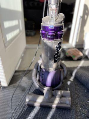Dyson vacuum DC25 for Sale in Huntington Beach, CA