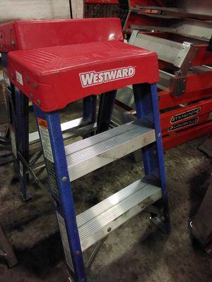 2ft Fiberglass Step Ladder for Sale in Atlanta, GA