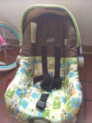Infant car seat for Sale in Santa Fe, NM
