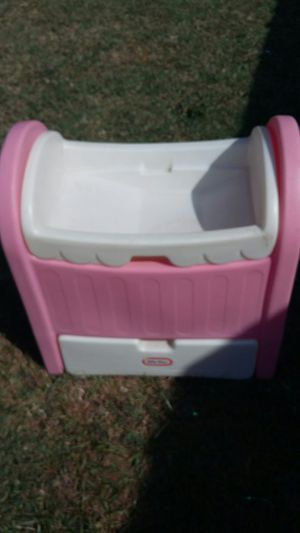 HTF Vintage Little Tikes Bassinet / Changing Table for Sale in Hampton, VA