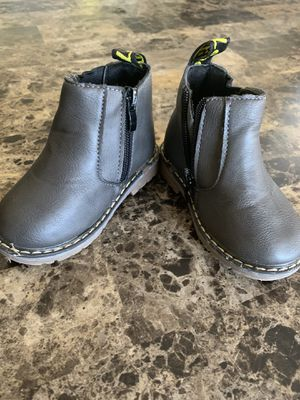 Toddler Girl Ankle Boots Size 5.5 for Sale in Delray Beach, FL