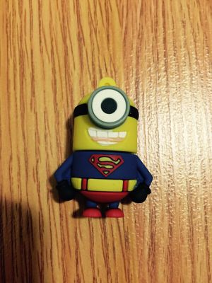 Superman minion USB flash drive 8 GB for Sale in New York, NY