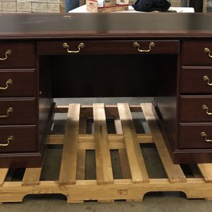 Executive Office Desk for Sale in Los Angeles, CA