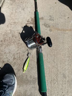 Deep Sea fishing pole with reel and a yellowtail lure for Sale in Rancho Cucamonga, CA
