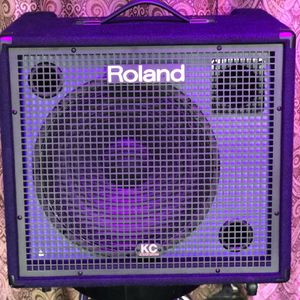 Roland KC-550 Overview The Roland KC-550 is a keyboard amplifier with a 4-Channel Stereo mixer and 180 Watts of power, built into a 2-way, full-range for Sale in Houston, TX
