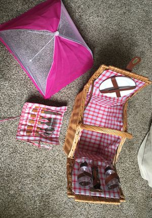 Picnic basket for Sale in Albany, OR