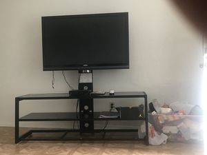 50 inch VIZIO tv with stand for Sale in Austin, TX