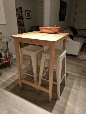 Hi Top Table and Stools for Sale in Frederick, MD