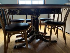 Restored Vintage Dining Room Table for Sale in GRANDVIEW, OH