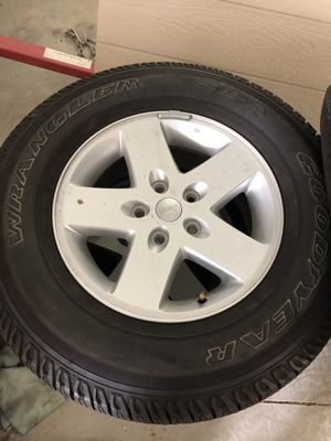 Jeep Wrangler wheels and tires for Sale in Riverside, CA