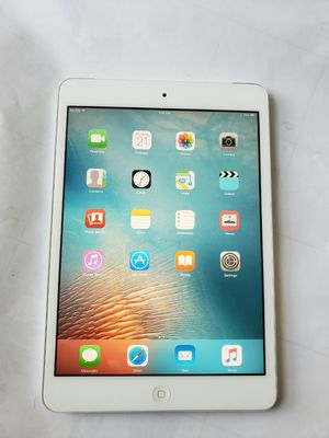 iPad mini ,   Cellular and Wi-Fi Internet access.  Unlocked.  7 inch iPad  ( Usable with Sim and Wi-Fi) for Sale in Springfield, VA