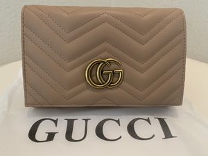 Gucci Leather GG Marmont 2.0 Chain Wallet Clutch Bag for Sale in Plano, TX