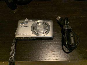 Nikon Coolpix S3700 Digital Camera for Sale in Elgin, IL