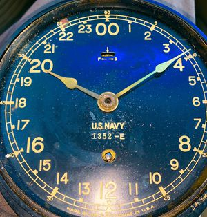Navy Deck Clock Antique from ww11 for Sale in Lakewood, CO