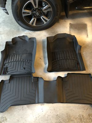Weathertech floor liners for 2005-2015 Toyota Tacoma for Sale in Lynnwood, WA