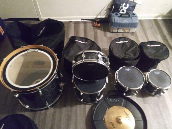 Percussion Set & Accessories