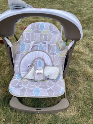 Fisher Price Portable Baby Swing & Seat for Sale in Salt Lake City, UT