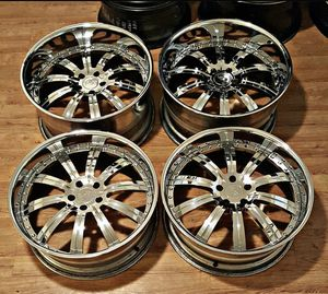 22 staggered Rims for Sale in Houston, TX