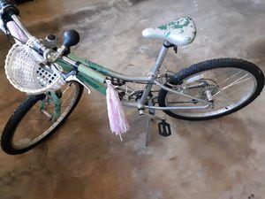 Girls Specialized bike 7- 11 yo Very Nice! Used lightly for Sale in Edgemoor, DE