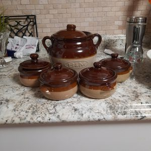 Old Baked Bean Crock With Bowls.. for Sale in Clearwater, FL