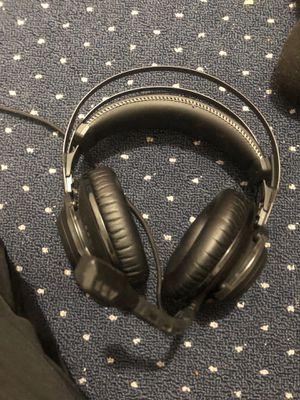 Gaming headphones for Sale in Hialeah, FL