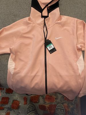 Men's Nike Therma Flex Showtime Basketball Hoodie Pink AT3263-032 NWT Size XL for Sale in Corona, CA