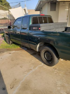 Toyota tacoma 99 for Sale in Tulare, CA
