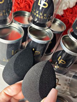 Luxury Make Up Blender for Sale in Los Angeles,  CA