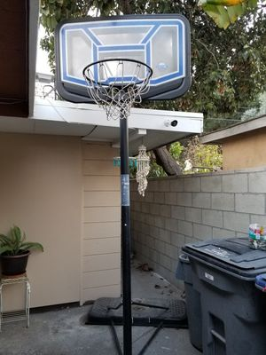 Basketball hoop for Sale in Carson, CA