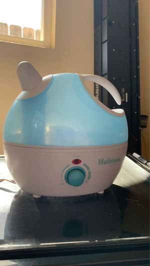 Holmes Cool Mist Humidifier for Sale in El Cajon, CA