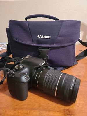 Canon Digital SLR Camera Kit [EOS Rebel T6] with EF-S 18-55mm and EF 75-300mm Zoom Lenses for Sale in Kent, WA